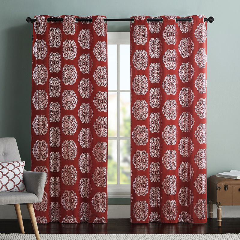 VCNY 2-pack Maytra Medallion Curtains
