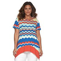 Plus Size Design 365 Wavy Handkerchief Tee