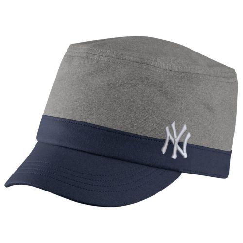 Women's Nike New York Yankees Dri-FIT Legend Cadet Cap