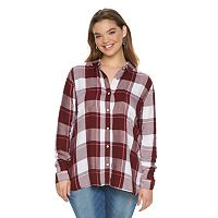 Juniors' Plus Size SO® Perfectly Soft Button-Front Shirt