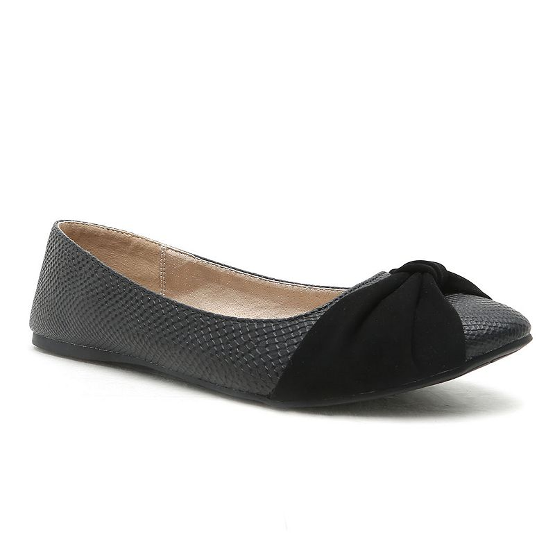 Qupid Swift Women's Bow Ballet Flats