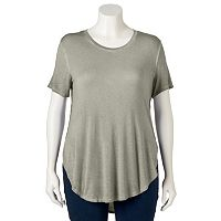 Juniors' Plus Size Mudd® Short Sleeve Shirttail Tee