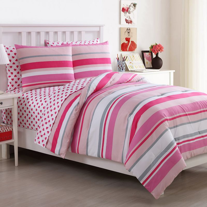 Playful Quilted Bedding