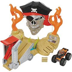 Hot Wheels Monster Jam Pirate Takedown Playset by