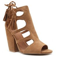 Qupid Sawyer Women's Cutout Ankle Boots