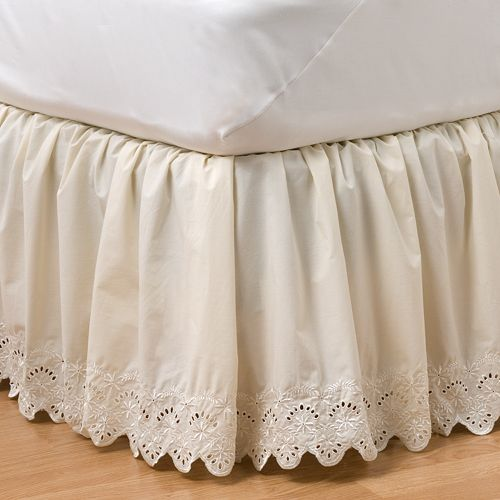 Queen Size Eyelet Bed Skirt
