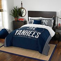 New York Yankees Grand Slam Full/Queen Comforter Set by Northwest
