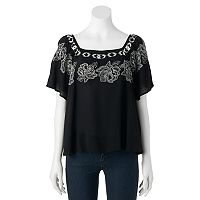 Juniors' Cloudchaser Embroidered Squareneck Top