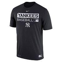 Men's Nike New York Yankees AC Team Issue Legend Dri-FIT Lightweight Tee