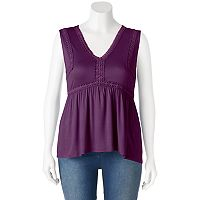 Juniors' Plus Size Mudd® Crochet Inset V-Neck Tank