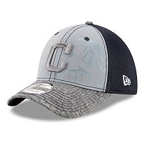 Adult New Era Cleveland Indians 39THIRTY Shadow Reflect Flex-Fit Cap