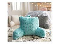 Dorm Pillows & Rugs