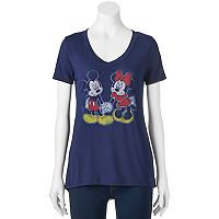 Disney's Mickey & Minnie Mouse Juniors' Holding Hands Graphic Tee