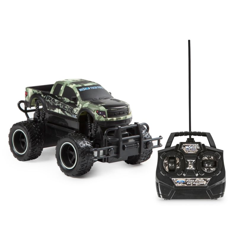 World Tech Toys Remote Control Ford F-150 SVT Raptor Camo Truck, Green thumbnail