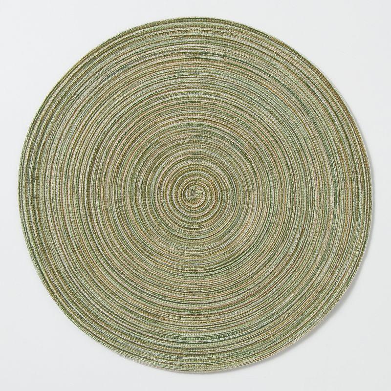 Striated Round Placemat