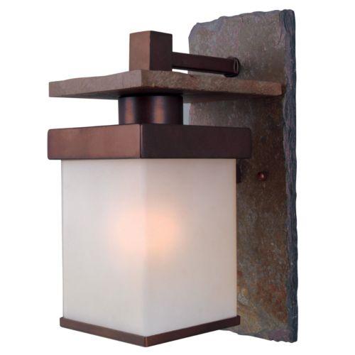 Boulder Small 1-Light Wall Lantern