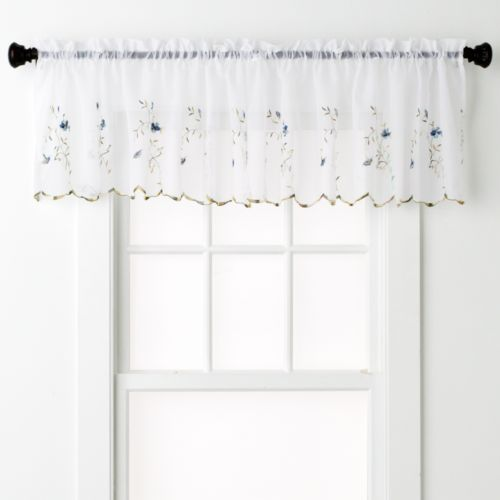 United Curtain Co. Loretta Valance - 52'' x 18''