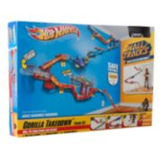 Hot Wheels Wall Tracks Gorilla Takedown Track Set by Mattel