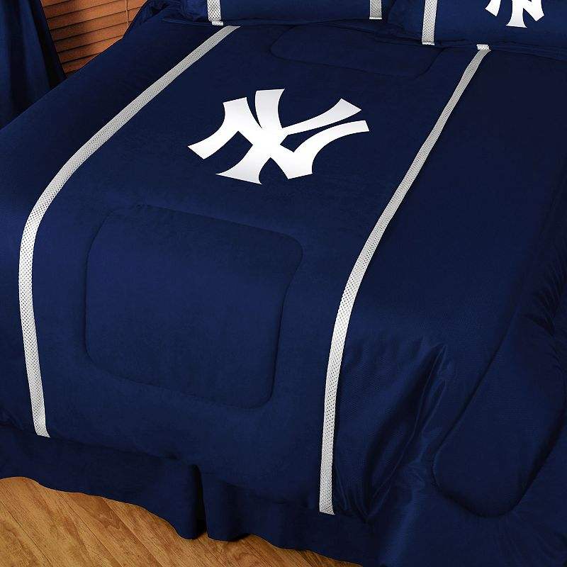 New York Yankees Comforter - Twin
