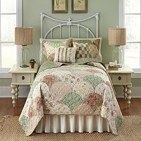 Always Home Lillian Quilt Collection