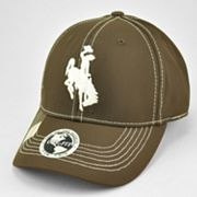 Top of the World Wyoming Cowboys Endurance One-Fit Baseball Cap