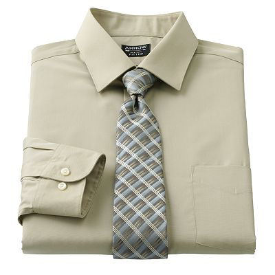 Arrow Fitted Point-Collar Dress Shirt and Grid Tie Boxed Set