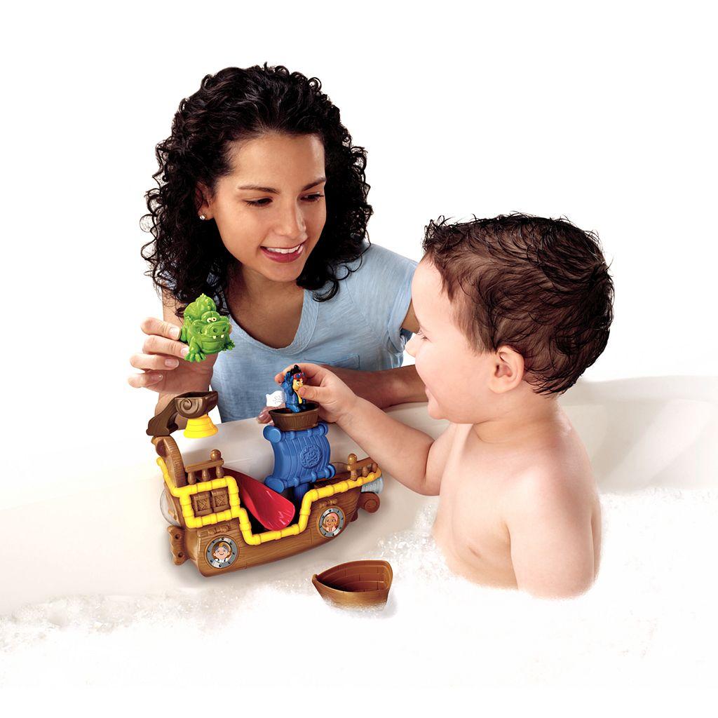 Disney Jake and the Never Land Pirates Splashin' Bucky Bath Toy by Fisher-Price