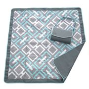 JJ Cole Link Fold-Up Outdoor Blanket
