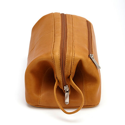 Royce Leather Colombian Toiletry Bag