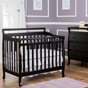 Dream On Me 3-In-1 Convertible Mini-Crib