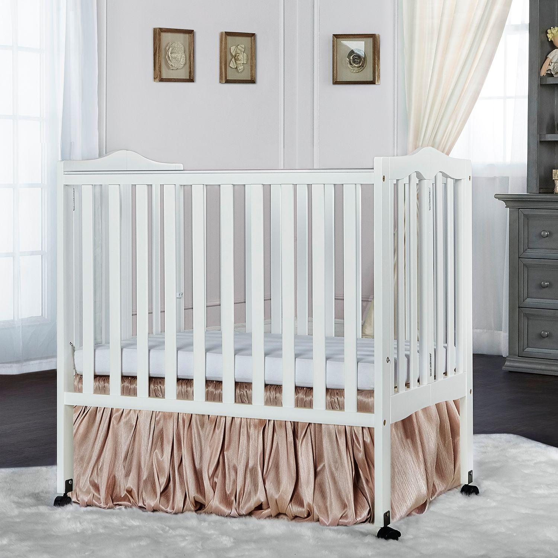 Foundations SleepFresh Celebrity Portable Crib. Regular