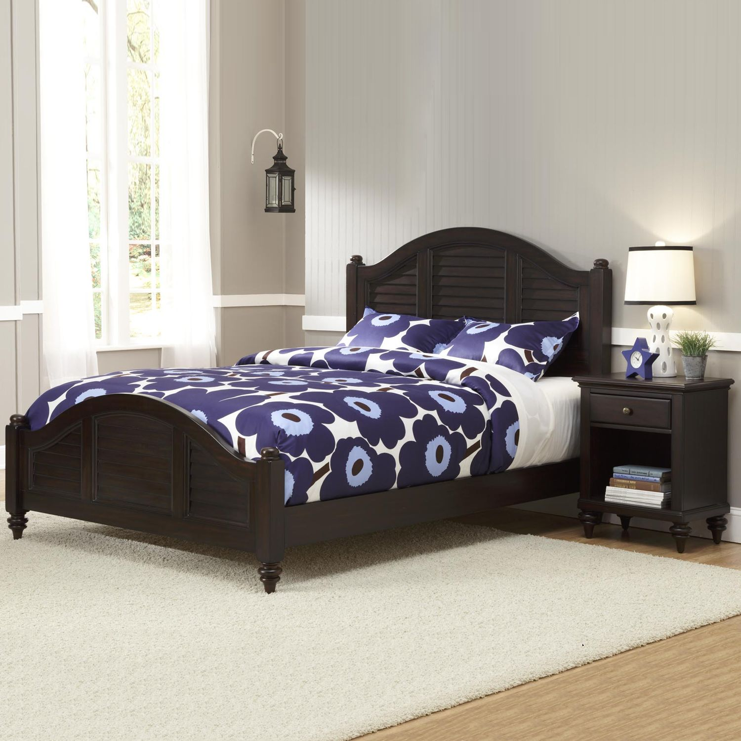 Cool Home Styles Bermuda Queen Bed and Nightstand