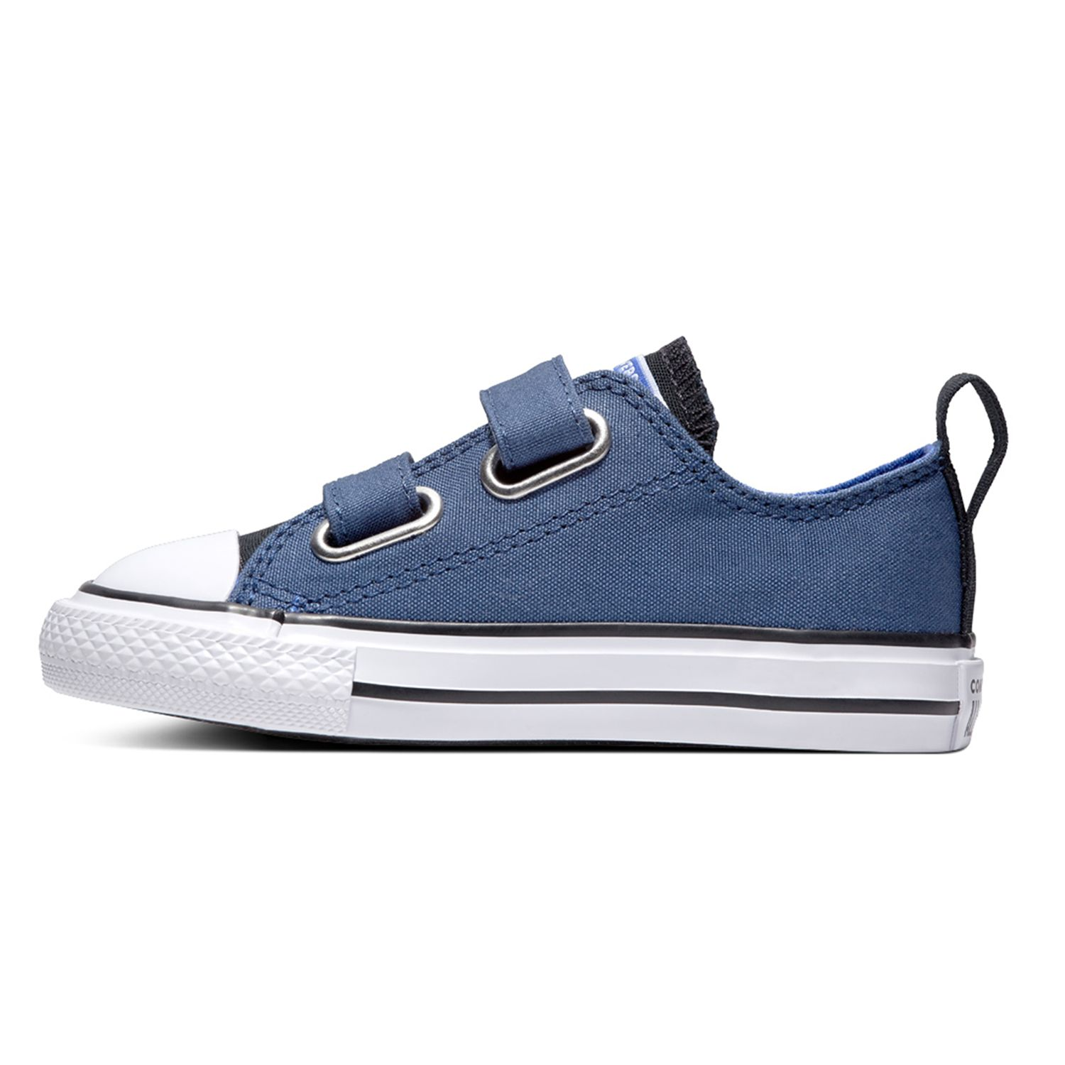 3cb03abffc592d Boys  Converse Shoes