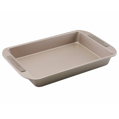 Farberware Soft Touch 9 x 13 Cake Pan