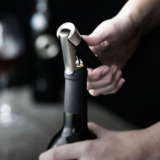 Menu Decanting Pourer Vignon and Waiter's Corkscrew