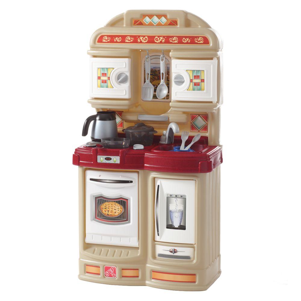 Step 2 Play Kitchen cozy kitchen