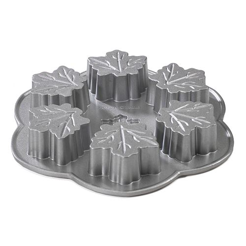 Nordic Ware 6-Cup Maple Leaf Cakelet Pan