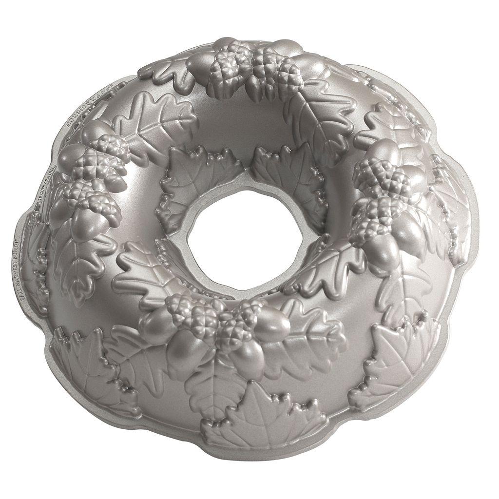 Nordic Ware Autumn Wreath 12-in. Bundt Cake Pan