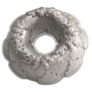 Nordic Ware Autumn Wreath 12-in. Bundt Cake Pan