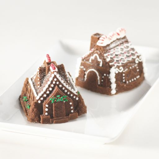 Nordic Ware Gingerbread House Duet Cake Pan