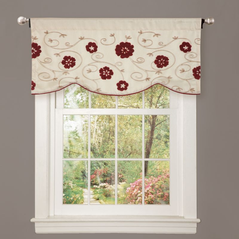 "Lush Decor Royal Embrace Window Valance - 18"" x 42"", Red"