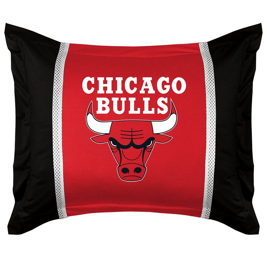 Chicago Bulls Standard Pillow Sham