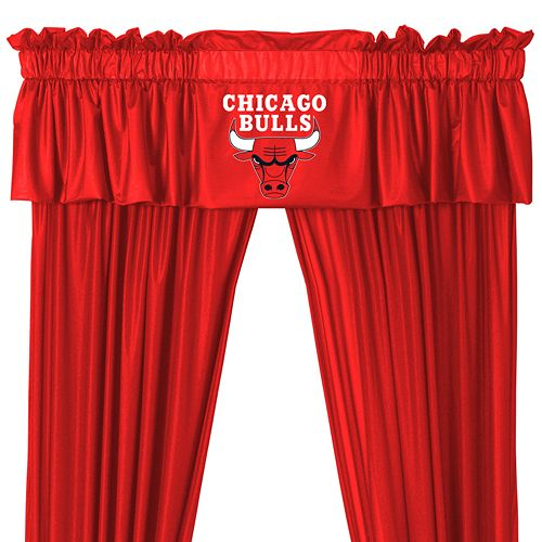 Chicago Bulls Window Valance - 14'' x 88''