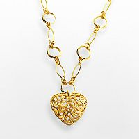 Elegante 18k Gold Over Brass Filigree Heart Pendant