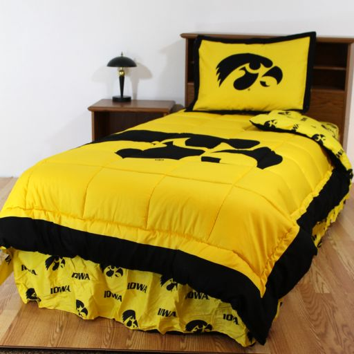 Iowa Hawkeyes Reversible Comforter Set - Queen