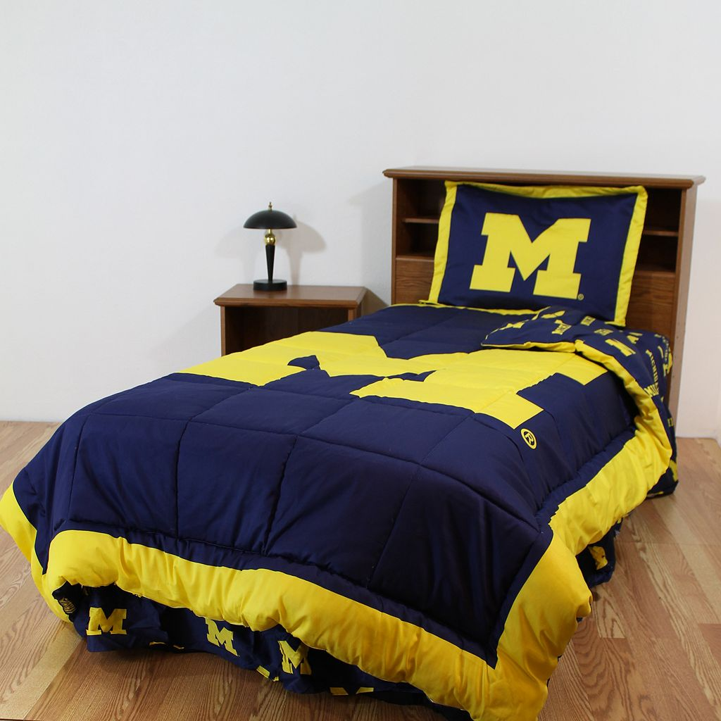 Michigan Wolverines Reversible Comforter Set - Twin