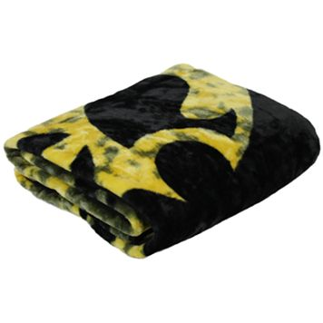 Iowa Hawkeyes Throw Blanket