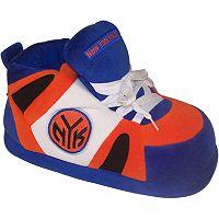 Men's New York Knicks Slippers