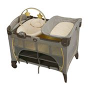 Graco Pack 'n Play Play Yard with Newborn Napper Station - Peyton