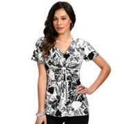 daisy fuentes Leaf Knot-Front Empire Top